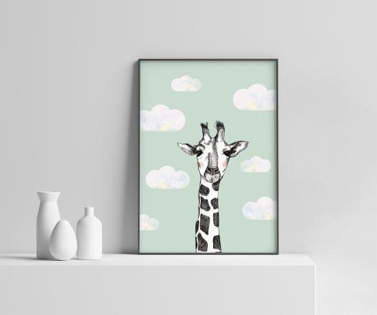Sjiraff i skyene | sjiraff plakat | skyer | dyreplakat | giraff | mint plakat | plakat barn | barnerom | dyremotiv | plakat med dyr | ramme | Ohoi Studio